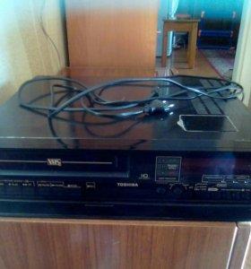 Тошиба видеокассетник