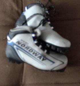 Лыжи и ботинки рр39