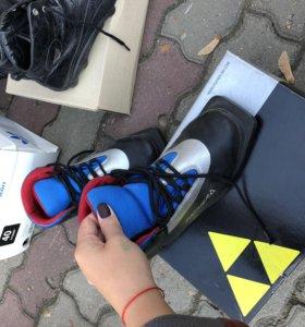 Лыжные ботинки FISHER
