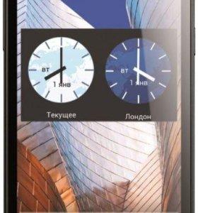 Смартфон Philips Xenium W3500 (черный)