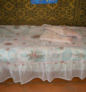 Покрывало на кровать+наволочки с подушками