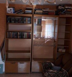 Стенка, диван и 2 кресла
