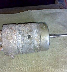 Электродвигатель отопителя МЭ 252 24В/180Вт