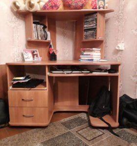 Конпюторный стол
