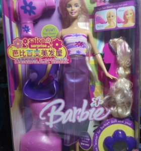 Кукла Barbie salon surprise.