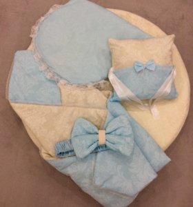 Бортики в кроватку, одеяло на выписку, простынь