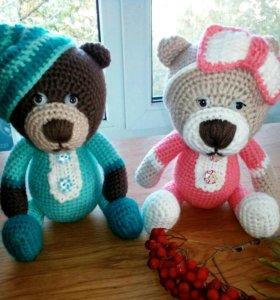 Медвежата в пижамках.