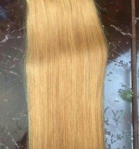 Волос натуральный на заколках.