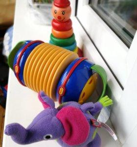 Игрушки питамидка, гормонь, слоник