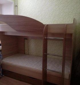 Двухярусная кровать!!!СРОЧНО!!!!возможна доставка