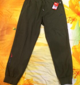 Новые утеплённые штаны NIKE