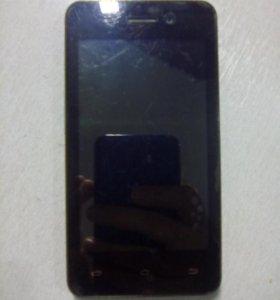Телефон Micromax Q301