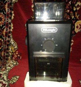 Кофемолка De Longhi KG 79