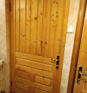 Дверь из сосны длина 199см ширина 97см