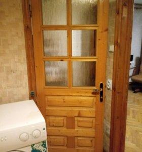 Дверь из сосны длина 196см ширина 78см