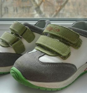 Кроссовки детские Baby Go