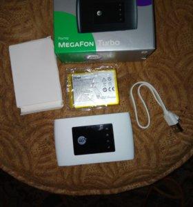 Роутер Мегафон Турбо 4ж + новый аккумулятор в запа