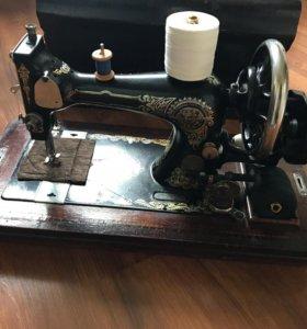 Швейная машина Gritzner Durlach