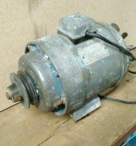 Элекродвигатель АОЛБ-22-4