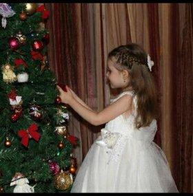 Очень крутое платье!!! На 4-5 лет