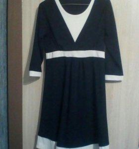 Платье 42-44 для беременных и кормящих.