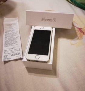 Продам айфон SE 32 гб