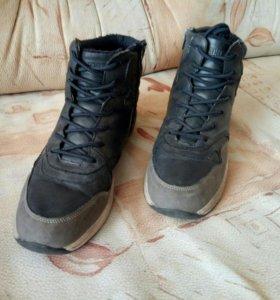 Ботинки подростковые демисезонные 39 размера