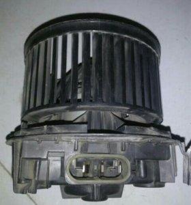 мотор печки на рено логан и тп