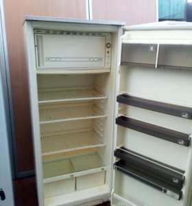 Холодильник Полюс10