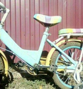 Продам велосипед деткий