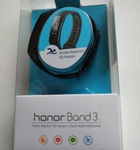 Фитнес-треке Honor Band 3