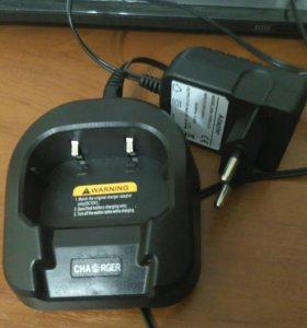 Зарядка для рации Baofeng UV-82