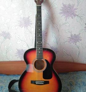 Новая акустическая гитара в отличном состоянии
