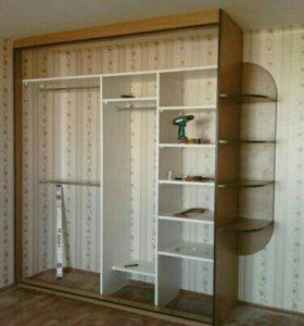 Шкафы-купе и комоды