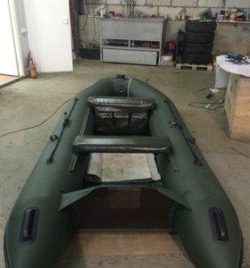 Лодка Flinc 320L