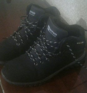 Ботинки зимние 39 размер