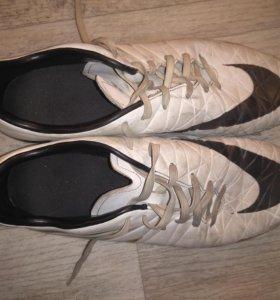 Бутсы Nike Hipervenom