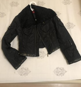 Куртка короткая 42