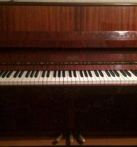Фортепиано в хорошем состоянии