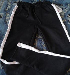 Продам штаны новые