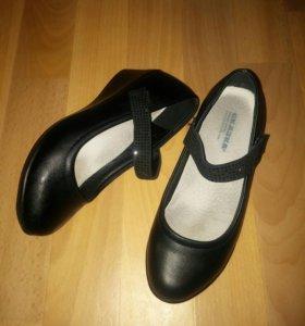 Туфли школьные р.35