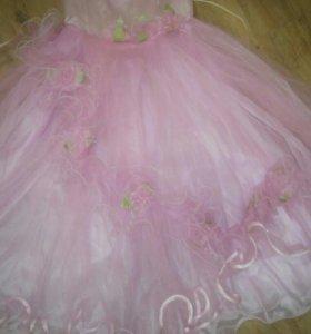 Платье праздничное для девочки на корсете