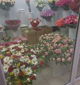 Цветы, торговое место+склад на метро Рижская, в ТЦ