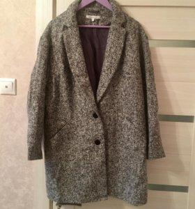 Пальто женское,размер 52