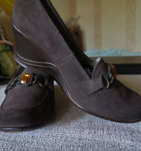 Туфли из натуральной замши р.36