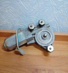 мотор стеклоподъемника ВАЗ-2114,2115 пер. правый