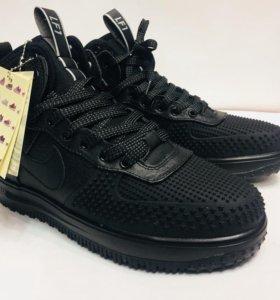 Кроссовки Nike Lunar Force 1