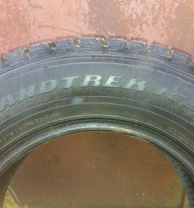 Dunlop Grandtrek Ice 02