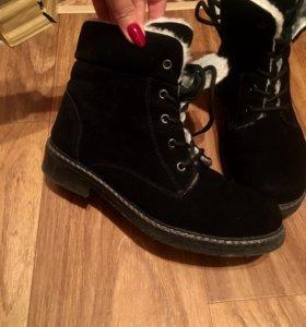 Зимние ботинки 38 р за 2 пары 3500