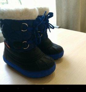 Зимняя обувь на 1-1,5 года пакетом или отдельно